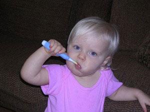 3 Técnicas de cepillado ideales y efectivas para niños  bbcbc3fcaae2